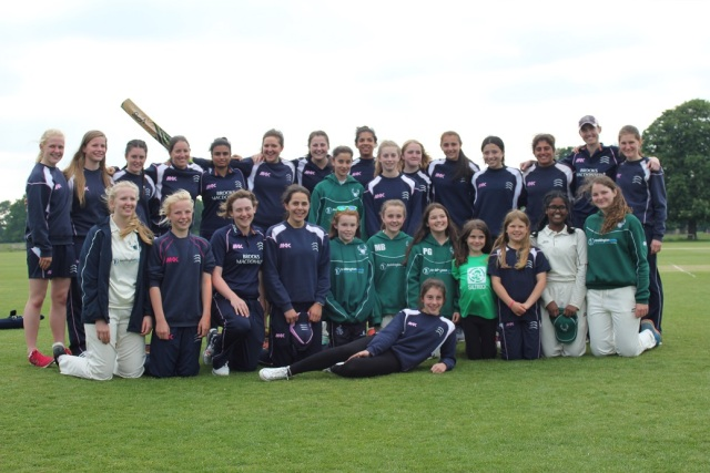 Middlesex_Women_team_Bushy_Park_Girls_29_05_2016